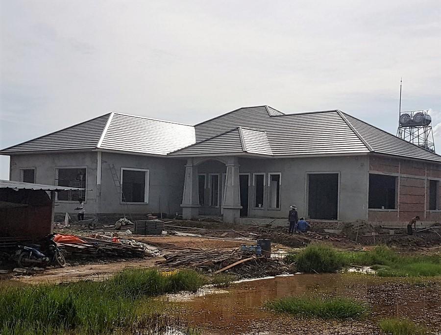 mái nhà lượp ngói màu