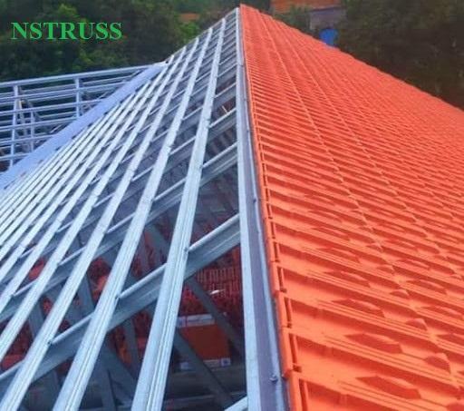 Thi Công mái nhà lợp ngói tại phú xuyên- hà nội