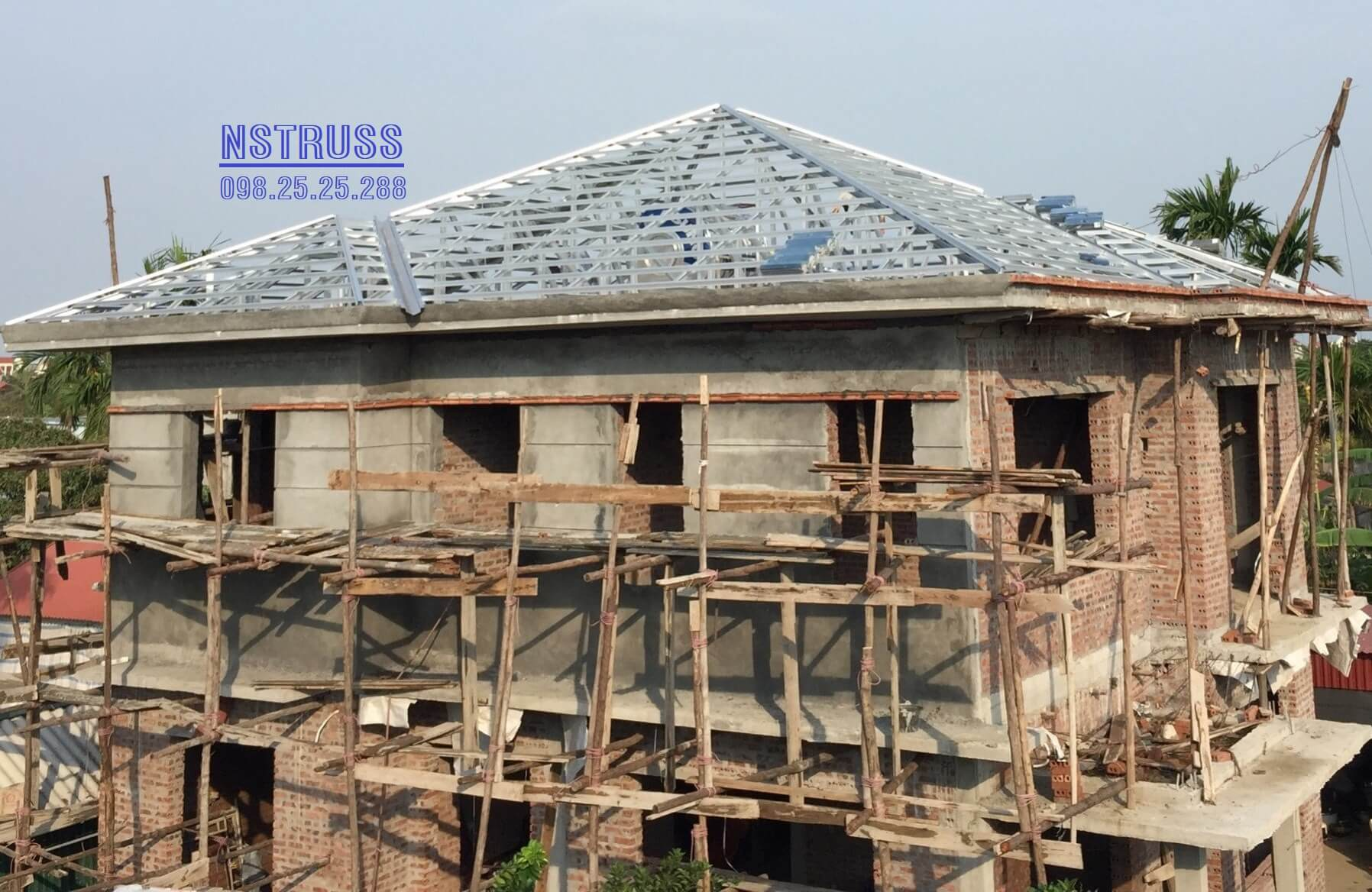 Vì kèo thép chống gỉ cho mái nhà lợp ngói tại thượng quận- kinh môn- Hải dương